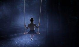 Szczęśliwy niestaranny dzieciństwo Mieszani środki zdjęcie stock