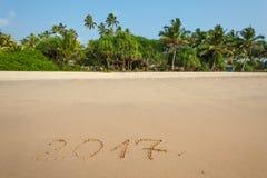Szczęśliwy nowy rok 2017 na plaży Zdjęcie Royalty Free