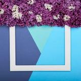 Szczęśliwy ojca ` s dzień, urodziny błękit lub turkus Colours tło i Kwiecistego mieszkania minimalizmu nieatutowy kartka z pozdro Zdjęcie Royalty Free