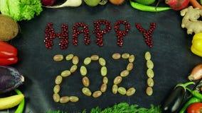 Szczęśliwy 2021 owocowy zatrzymuje ruch Zdjęcia Royalty Free