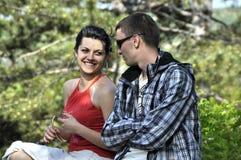 szczęśliwy pary outside Zdjęcie Royalty Free