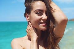 Szczęśliwy piękno przy morzem Obraz Stock