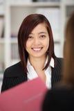 Szczęśliwy pomyślny młody kandydat do pracy Obraz Stock