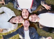 szczęśliwy przyjaciół się uśmiecha obrazy royalty free