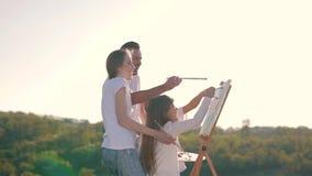 Szczęśliwy rodzinny remis obrazek zbiory wideo