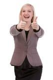 Szczęśliwy uśmiechnięty bizneswoman z aprobata gestem Zdjęcia Stock