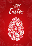 Szczęśliwy Wielkanocny kartka z pozdrowieniami z ręka rysującym literowaniem i biali jajka z kwiecistymi elementami royalty ilustracja