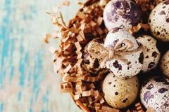 Szczęśliwy Wielkanocny rocznik i naturalna stylowa pocztówka Zdjęcia Royalty Free