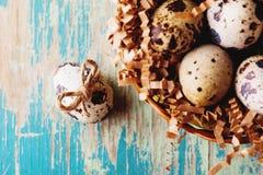Szczęśliwy Wielkanocny rocznik i naturalna stylowa pocztówka Zdjęcie Royalty Free