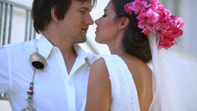 szczęśliwych nowożeńców Grecja Czułość uczucia zbiory wideo