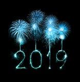 2019 szczęśliwych nowy rok z błyskotanie fajerwerkiem zdjęcie royalty free