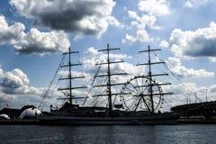 Szczecin, Польша, 7-ое августа 2017: Корабль на набережной во время ребра Стоковое Изображение RF