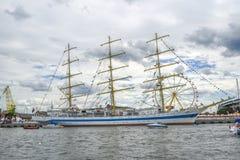Szczecin, Польша, 5-ое августа 2017: Корабль на набережной во время ребра Стоковые Изображения