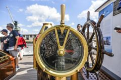 Szczecin, Польша, 7-ое августа 2017: Старый классический дроссель на sai Стоковые Фото