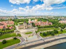 Szczecin - paisaje aéreo de la ciudad Los ejes de Chrobry, el teatro y el panorama de la ciudad Imagen de archivo libre de regalías