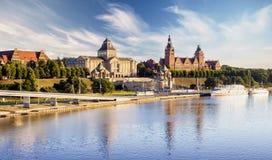 SZCZECIN POLAND-CIRCA JULI 2016: panorama av den gamla staden i Szczecin Royaltyfria Bilder