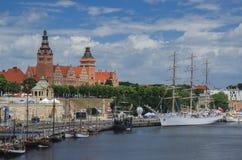 Szczecin - vista da terraplenagem de Chrobry Foto de Stock Royalty Free