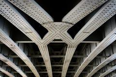 Szczegół stalowi bridżowi promienie zdjęcie royalty free
