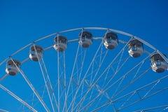 Szczegół Bournemouth dużego koła przyciąganie na mola podejściu z niebieskim niebem w tle obraz royalty free