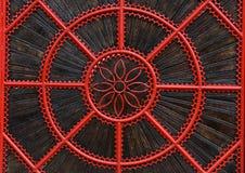 Szczegół czerwień forged kruszcową bramę Zdjęcia Stock