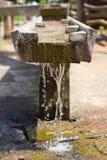 Szczegół drewniana wodna magistrala zdjęcia royalty free