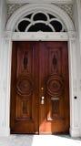 Szczegół drzwi na wiktoriański domu zdjęcie royalty free