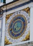 Szczegół dziejowy astronomiczny zegar w Brescia obrazy royalty free