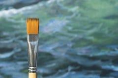 Szczegół farby muśnięcie z zamazaną denną obraz kanwą przy półdupkami Zdjęcia Stock