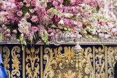Szczegół kwiecista ornamentacja na tronie Święty tydzień, Linares fotografia royalty free