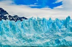 Szczegół lodowiec z niebieskim niebem obraz royalty free