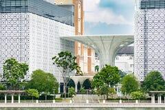 Szczegół nowożytny orientalny architektury Kompleksu islam Putrajaya Fotografia Stock