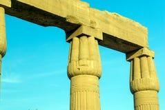 Szczegół papyriform capitals w perystylu Ramses II obrazy stock