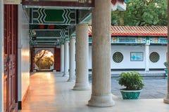 Szczegół podwórze wśrodku męczennik świątyni przy zmierzchem obrazy stock
