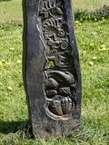 Szczegół rzeźbiony kierunkowskaz Leeds Liverpool kanałem przy Barnoldswick w Lancashire UK Fotografia Stock
