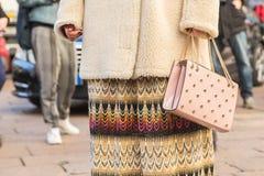 Szczegół torba przy Mediolańskim mężczyzna mody tygodniem 2016 Zdjęcia Stock