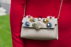 Szczegół torba przy Mediolańskim moda tygodniem Fotografia Stock
