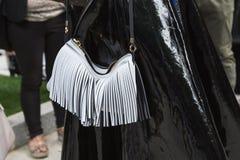 Szczegół torba przy Mediolańskim moda tygodniem Zdjęcia Stock