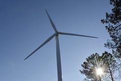 Szczegół wiatru wierza czystej energii pojęcie obrazy stock