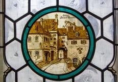 Szczegół witrażu okno w Neues Rathaus lub Nowy urząd miasta Niemcy, Bavaria, Monachium Fotografia Stock
