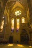 Szczegół witrażu okno we wnętrzu katedry Obrazy Royalty Free