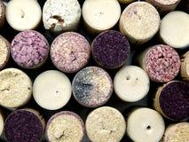 Szczegół zamknięty wieloskładnikowi wino butelki korki up obraz stock