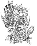 Szczegółowy Czarny atrament Wyszczególniający tatuażu wąż w Kwiecistym składzie ilustracji