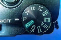 Szczegółu widok menu selekcjonera koło na małej czarnej ścisłej kamerze zdjęcia royalty free