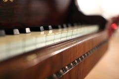 Szczegóły fortepianowi klucze fotografia stock