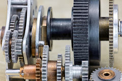 Szczegóły metali gearwheels machinalny przemysłowy zbliżenie Obrazy Royalty Free