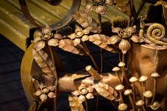 Szczegóły, struktura i ornamenty forged żelazna brama, dekoracyjny Zdjęcie Royalty Free