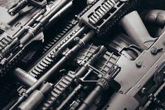 Szczegóły wiele konfiskujący nowożytni karabiny ximpx przemycanego de Zdjęcie Royalty Free