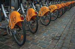 Szczegół jawni bicykle w ulicach Bruksela Zdjęcia Stock