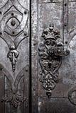 Szczegół stary metalu monasteru drzwi Zdjęcie Stock