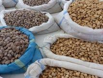 Szczegół sukienne torby jasne i braun pistacje w rynku Uzbekistan Zdjęcie Royalty Free